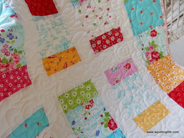 Charm Pack Charm Box Quilt | A Quilting Life